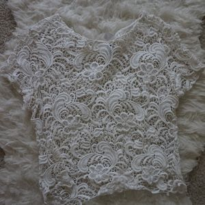 white lace crop top H&M size M short sleeve